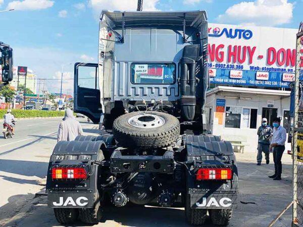 xe-dau-keo-jac-420hp
